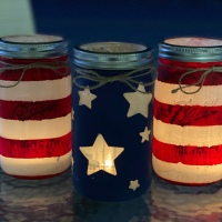 Weekend Project: Patriotic Mason Jars